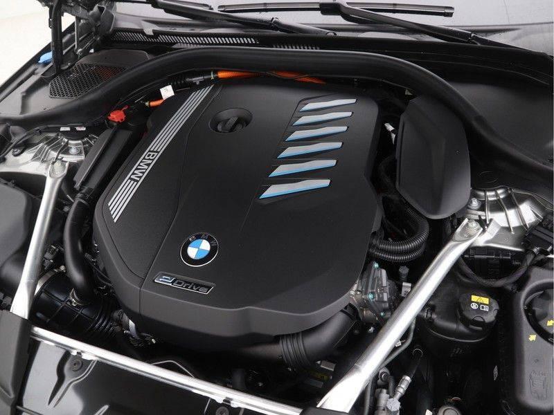 BMW 5 Serie Sedan 545e xDrive High Executive Edition afbeelding 4