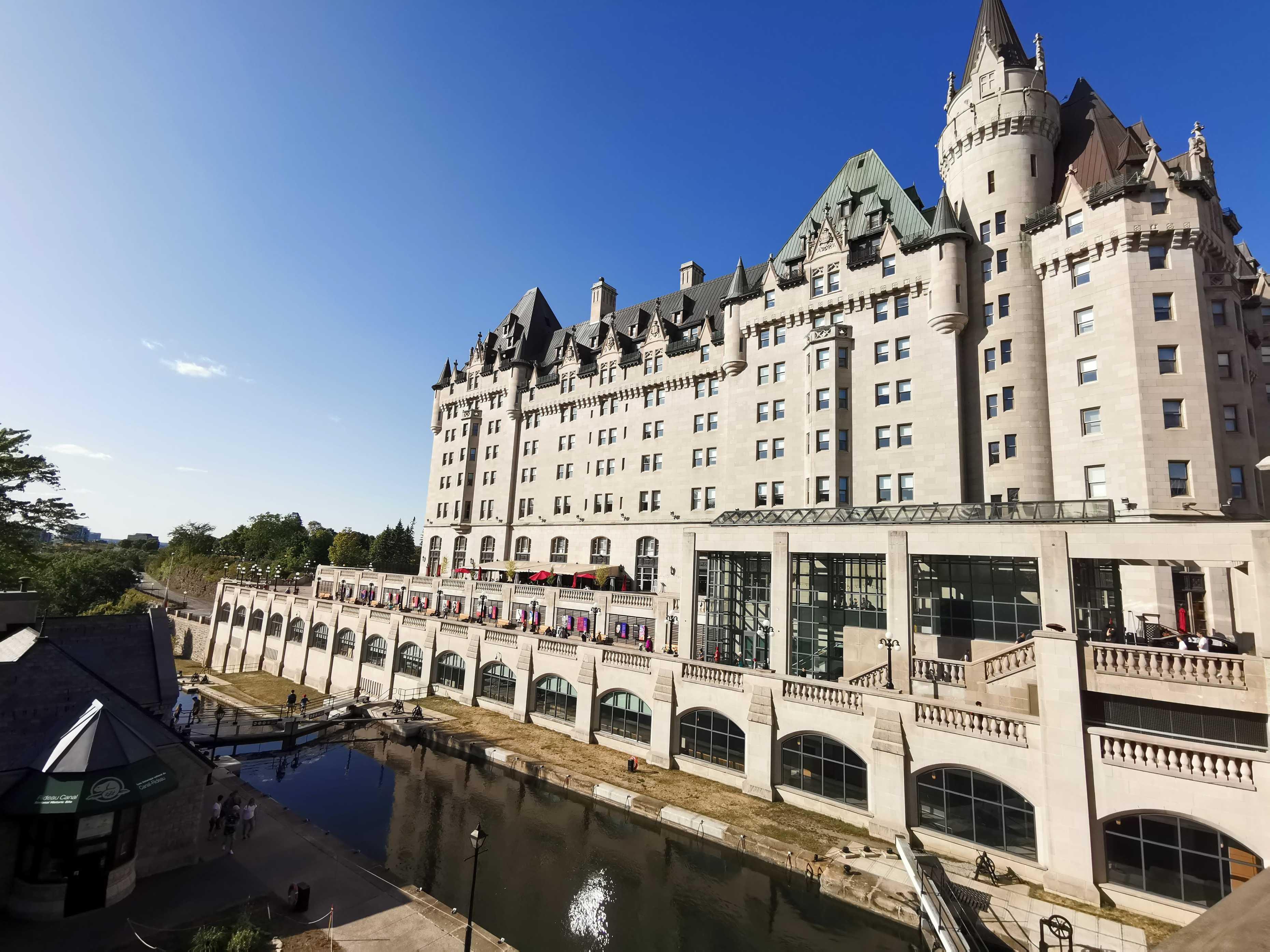 Niagara et Ottawa: Le bout du chemin cover image
