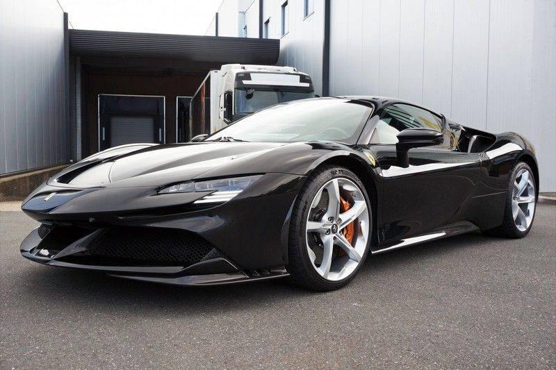 Ferrari SF90 Stradale 4.0 V8 HELE *Lift *Full carbon afbeelding 2