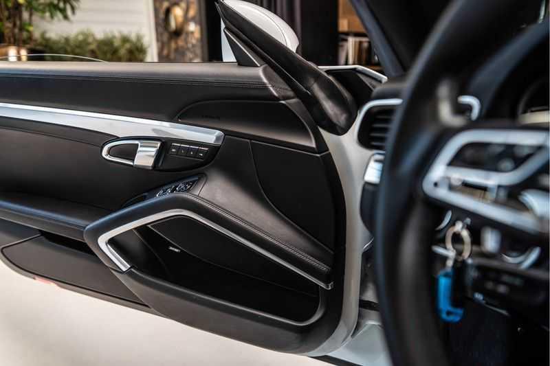 Porsche 911 Cabrio 3.0 Carrera 4S | Sportdesign | BOSE | SportChrono | Sportuitlaat | NP 184.000 afbeelding 9