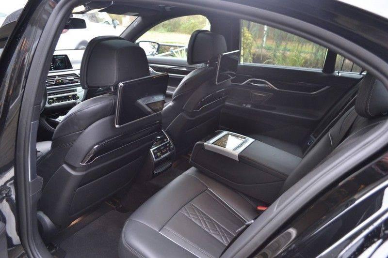 BMW 7 Serie 740d xDrive M sportpakket NP €165.000 afbeelding 6