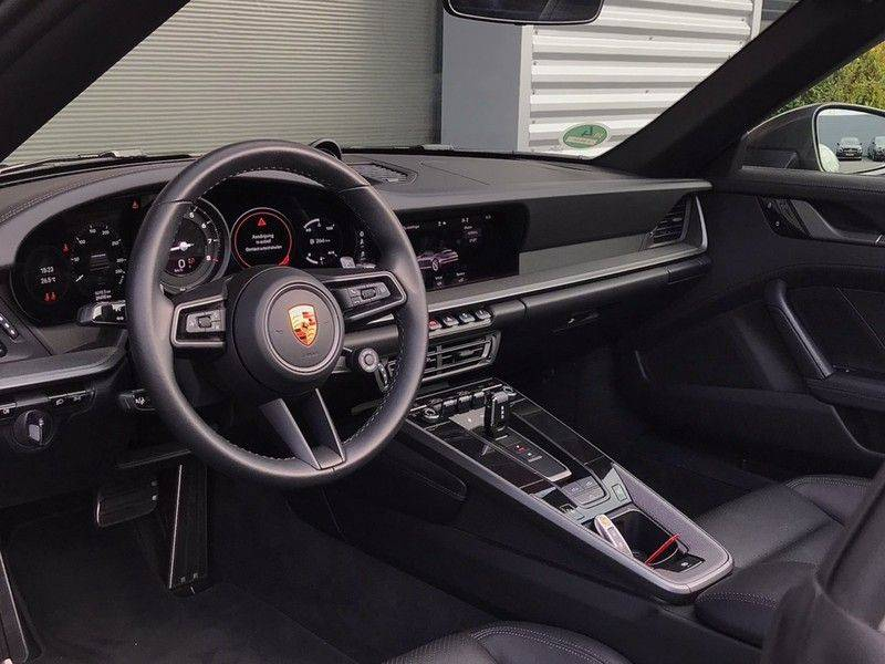 Porsche 911 Cabrio 992 VERKOCHT 3.0 Carrera 385PK, ACC, Sport/Chrono, Sportuitlaat, Bose, Camera, Leder, Camera, 21INCH BTW afbeelding 6