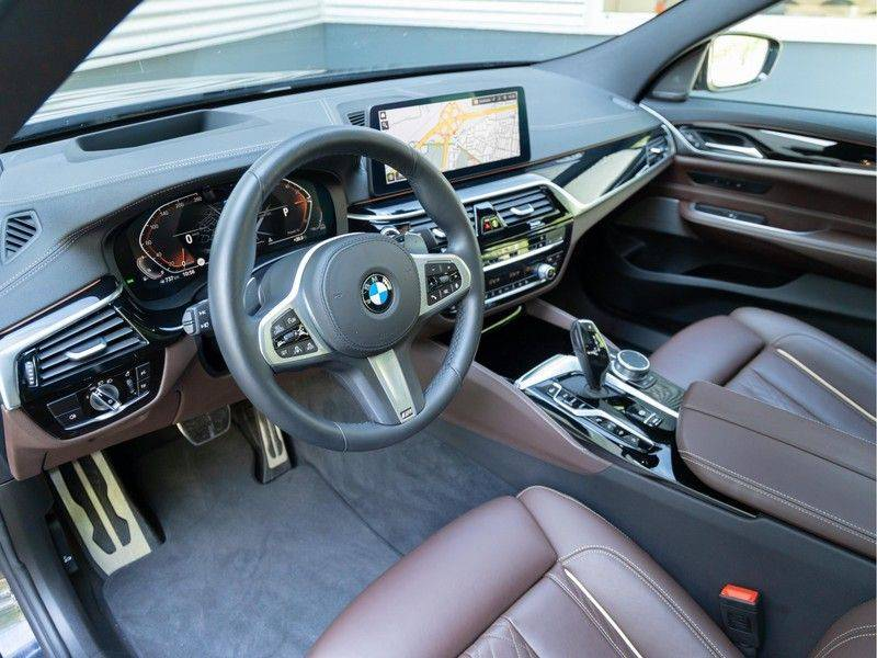 BMW 6 Serie Gran Turismo 630i High Executive - Luchtvering - Facelift - Driving Ass Prof afbeelding 13