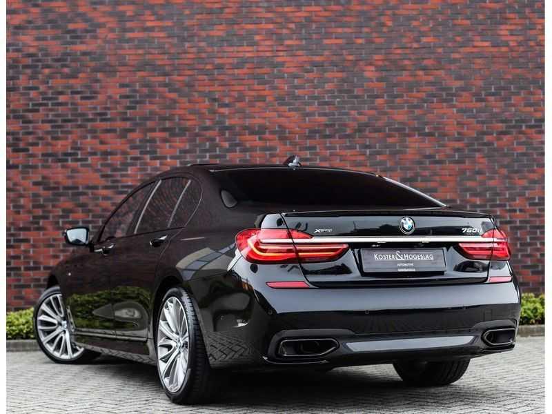 BMW 7 Serie 750d xDrive *M-sport*Head-Up*Asistant Plus* afbeelding 6