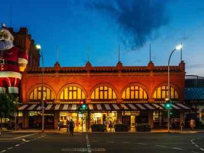 A scene of Adelaide & SA