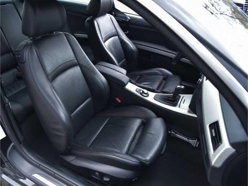 BMW 3 Serie Coupe 335i High Executive M-Perf uitlaat Leer Navi Breyton velgen 1e eigenaar afbeelding 17