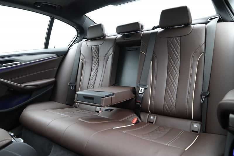 BMW 5 Serie 540d xDrive High Executive afbeelding 12