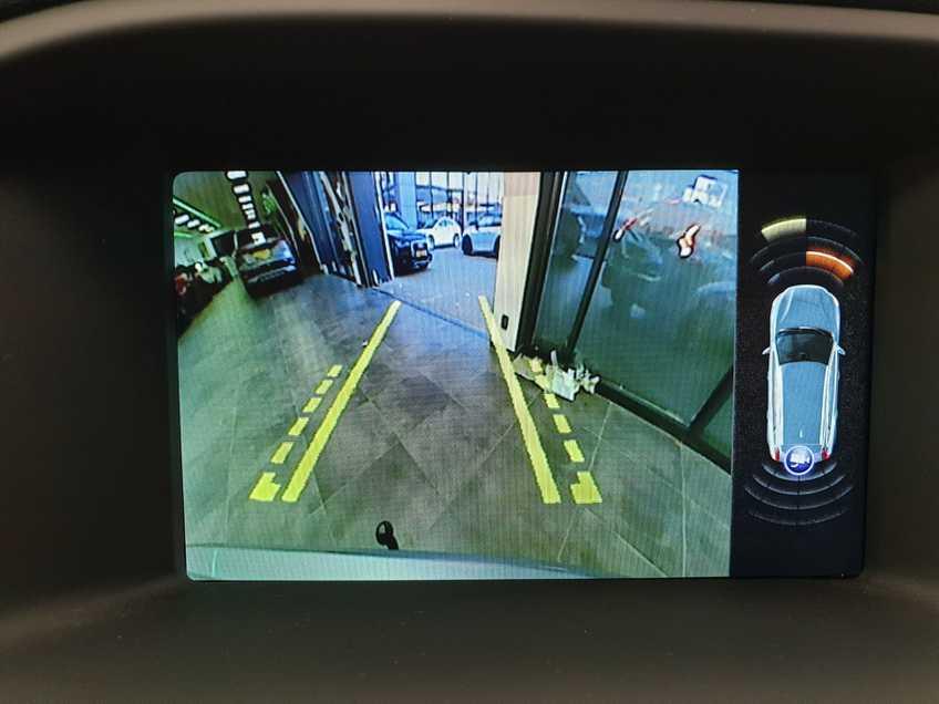 "Volvo V60 2.4 D6 Twin Engine Summum EX BTW Blis Xenon Opendak Navi AD Cruise 18""LM afbeelding 17"