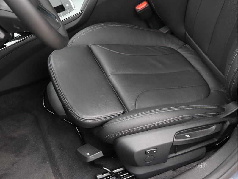 BMW 2 Serie Gran Coupé 218i High Executive M Sport 19 inch afbeelding 16