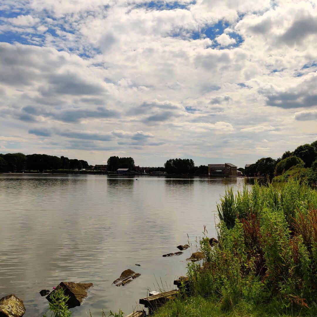 Yeadon Tarnfield lake