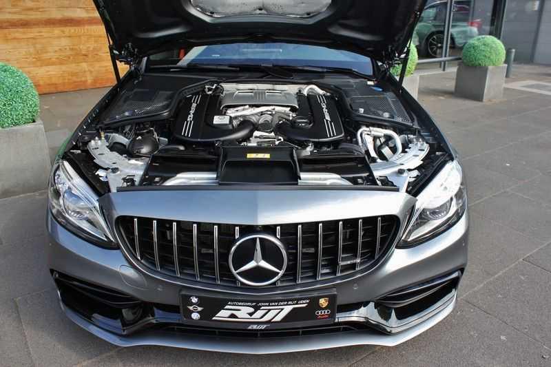 Mercedes-Benz C-Klasse C63 AMG 4.0 V8 Estate 476pk! **360°Camera/Burmester/Spoorassistent** afbeelding 23