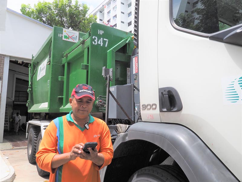 SembWaste waste collection crew
