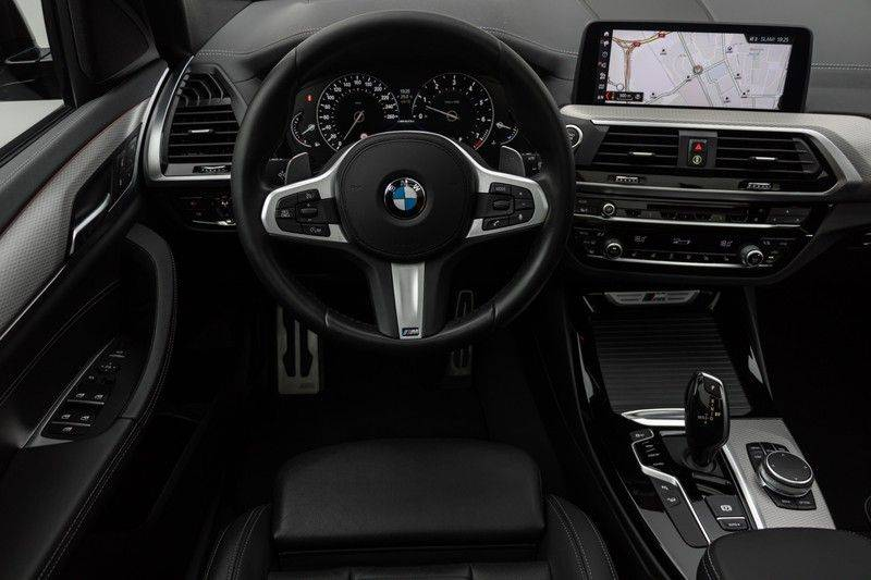 "BMW X3 M40i xDrive 360pk Panoramadak VirtualCockpit ShadowLine Sportleder Hifi AmbientLight 20"" Camera ParkAssist Pdc afbeelding 3"