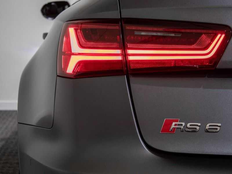 Audi A6 Avant 4.0 TFSI RS6 quattro perfomance | Dynamiekpakket plus | Carbon Optiek | B&O advanced | RS-sportuitlaat | DAB+ | Head-up display | Alcantara Hemel | Pano dak | Nachtzicht | afbeelding 3