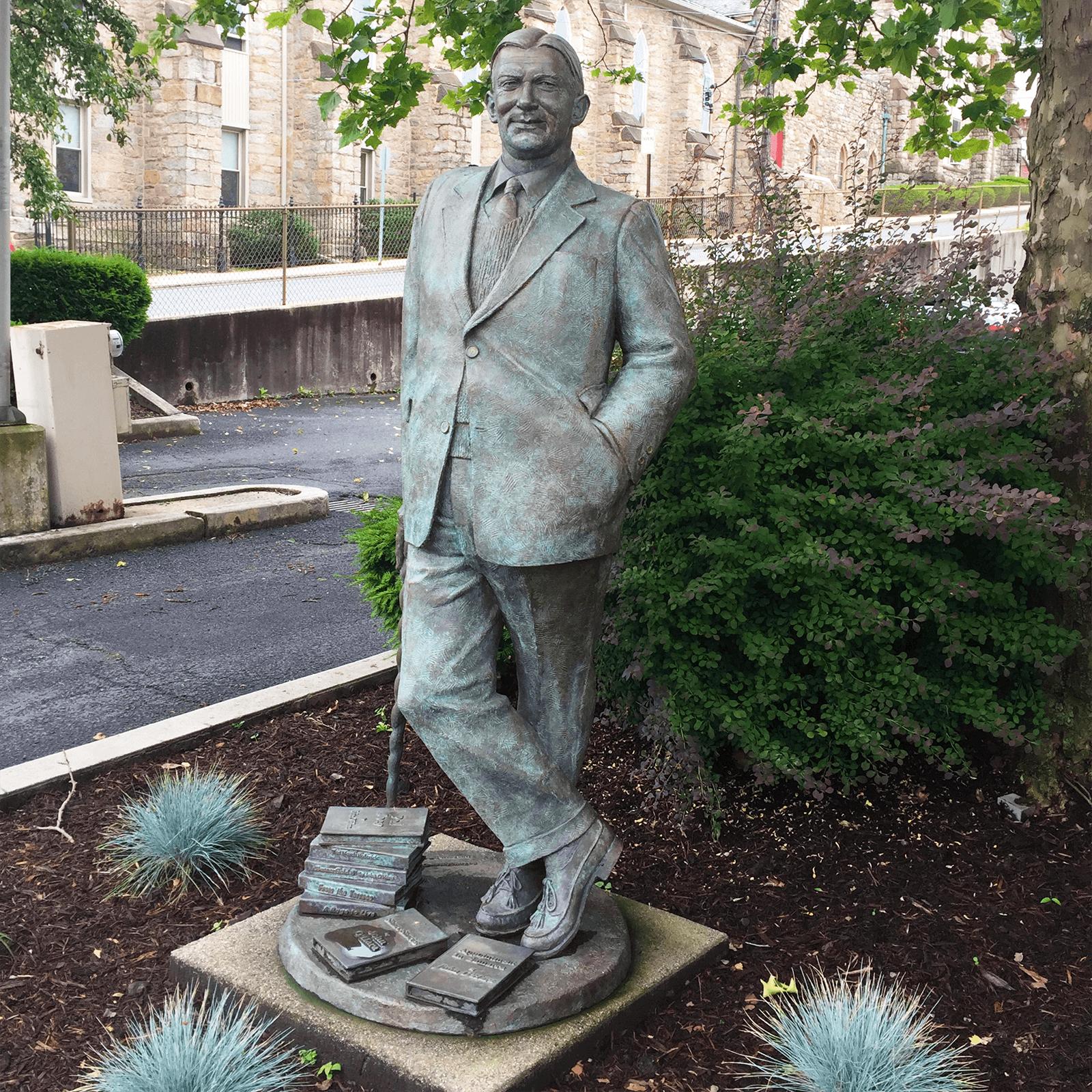 john o'hara statue in pottsville, pennsylvania