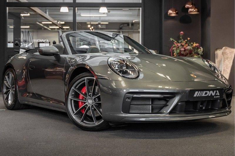 Porsche 911 992 4S Cabrio Unieke Kleurstelling Sport Design Pakket Matrix Carbon 3.0 Carrera 4 S afbeelding 1