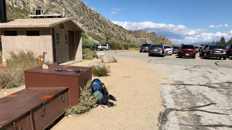 The parking area at Onion Valley