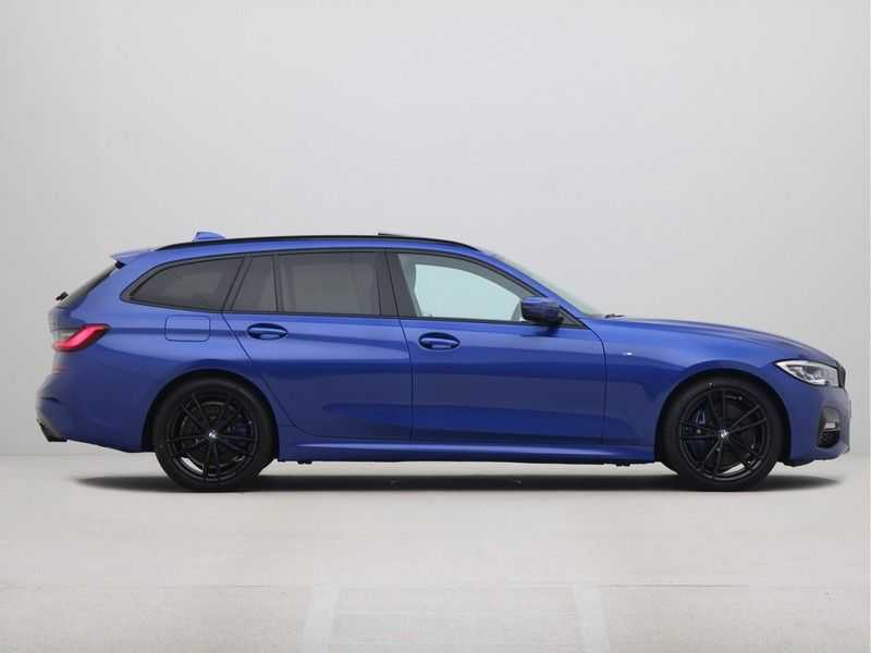 BMW 3 Serie 330i Touring High Executive M-Sport Automaat afbeelding 10