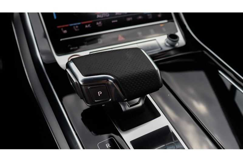 Audi SQ7 4.0 TDI 435pk quattro 7p Panoramadak, BOSE, Massage, Ruitstiksel, Trekhaak afbeelding 12