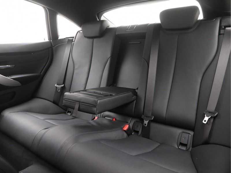 BMW 4 Serie Gran Coupé 418i High Executive M-Sport Automaat afbeelding 15