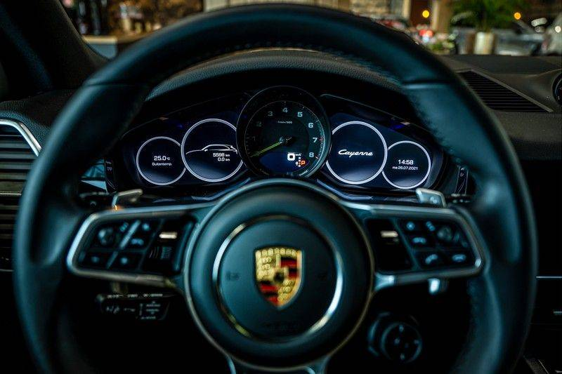 Porsche Cayenne 3.0 E-Hybrid   Panorama   Memory   360 gradencamera   Sport Chrono   DAB afbeelding 11