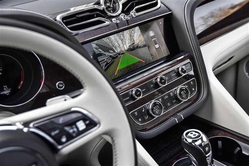 Bentley Bentayga V8 FIRST EDITION MULLINER+22INCH+NAIM+HEADUP afbeelding 6