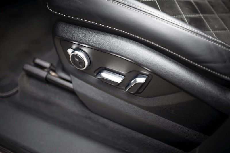 Audi SQ7 4.0 TDI Quattro *4 Wielbesturing / HUD / BOSE / Pano / 360 Camera / Nachtzicht* afbeelding 11