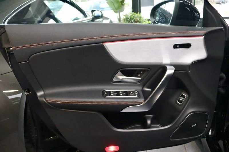 Mercedes-Benz CLA-Klasse 200 AMG Orange Edition PANO|Burmester|360cam|Sfeer afbeelding 7