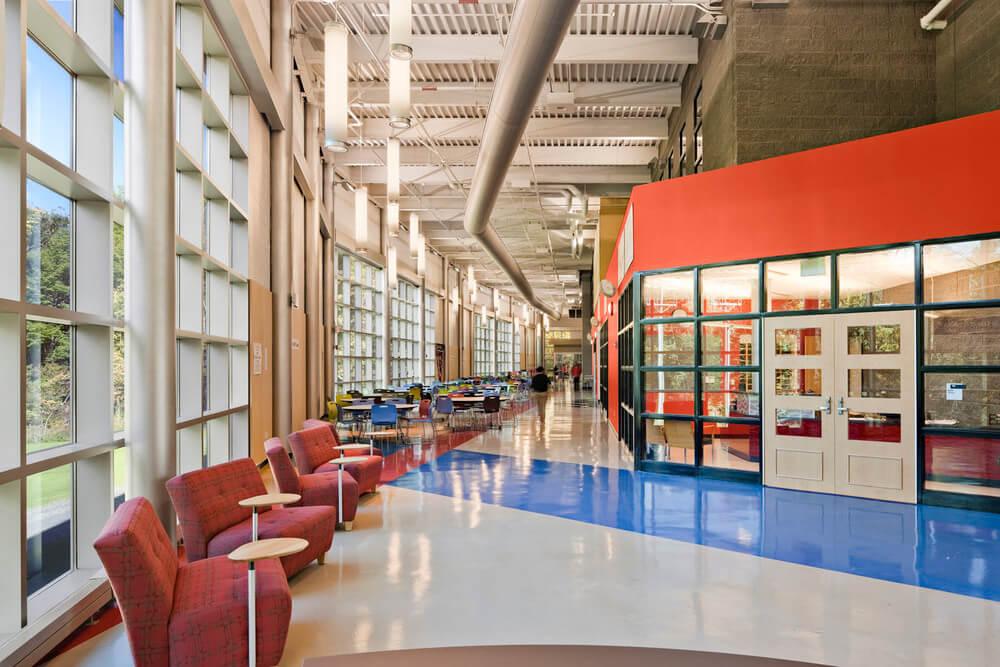 UHSSE lobby