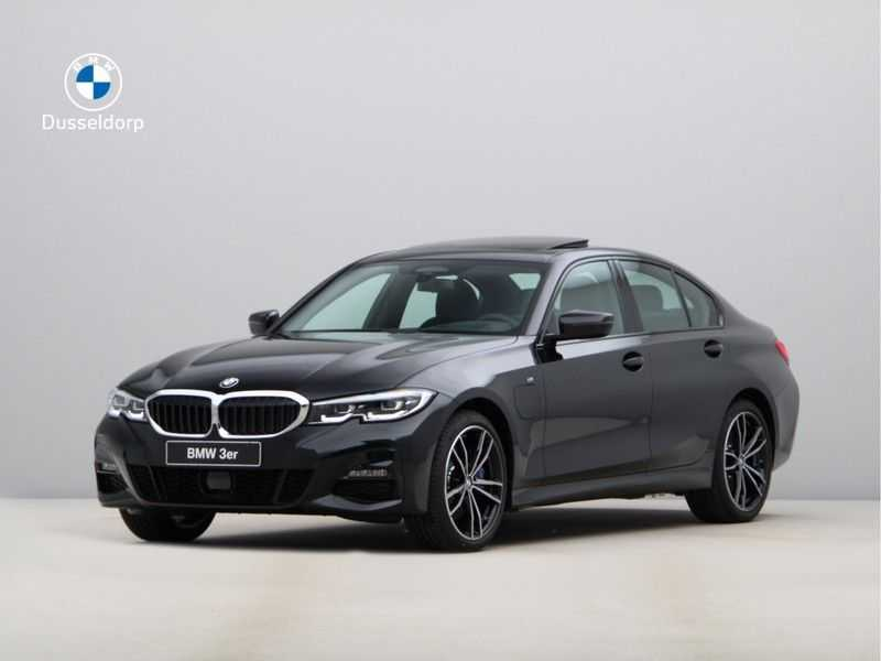BMW 3 Serie 330e High Exe M-Sport Aut afbeelding 1