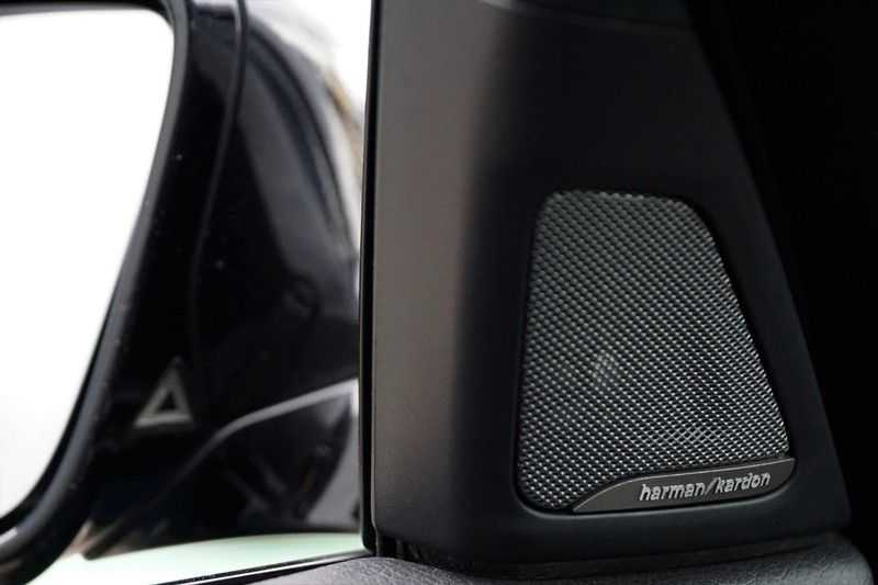BMW 5 Serie M5 / Schuifdak / Harman Kardon / Side Assist / Head-Up / Stuurverw. / Trekhaak / Massage afbeelding 24