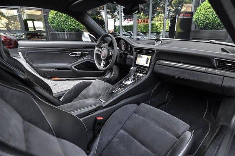 Porsche 911 CARRERA GTS ADAPT.STOELEN+GLASDAK+BOSE afbeelding 3