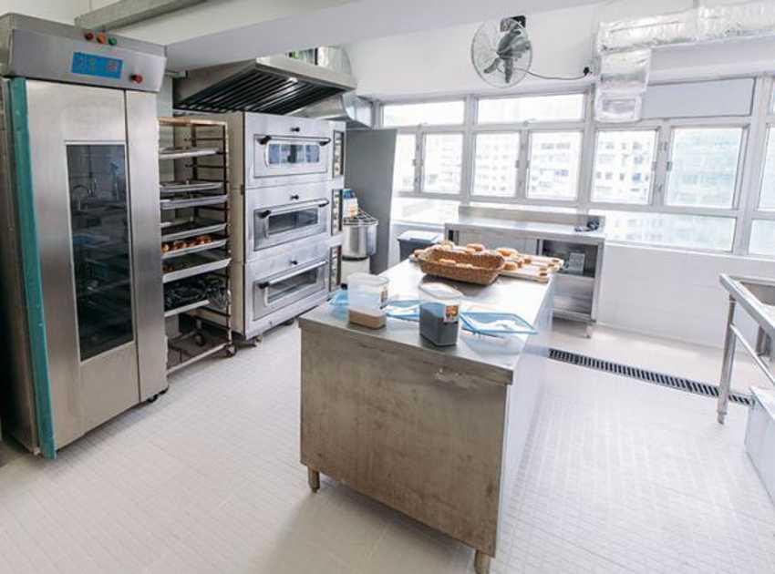 Accruent - Resources - Blog Entries - Managing Equipment Costs in Food Service - Hero