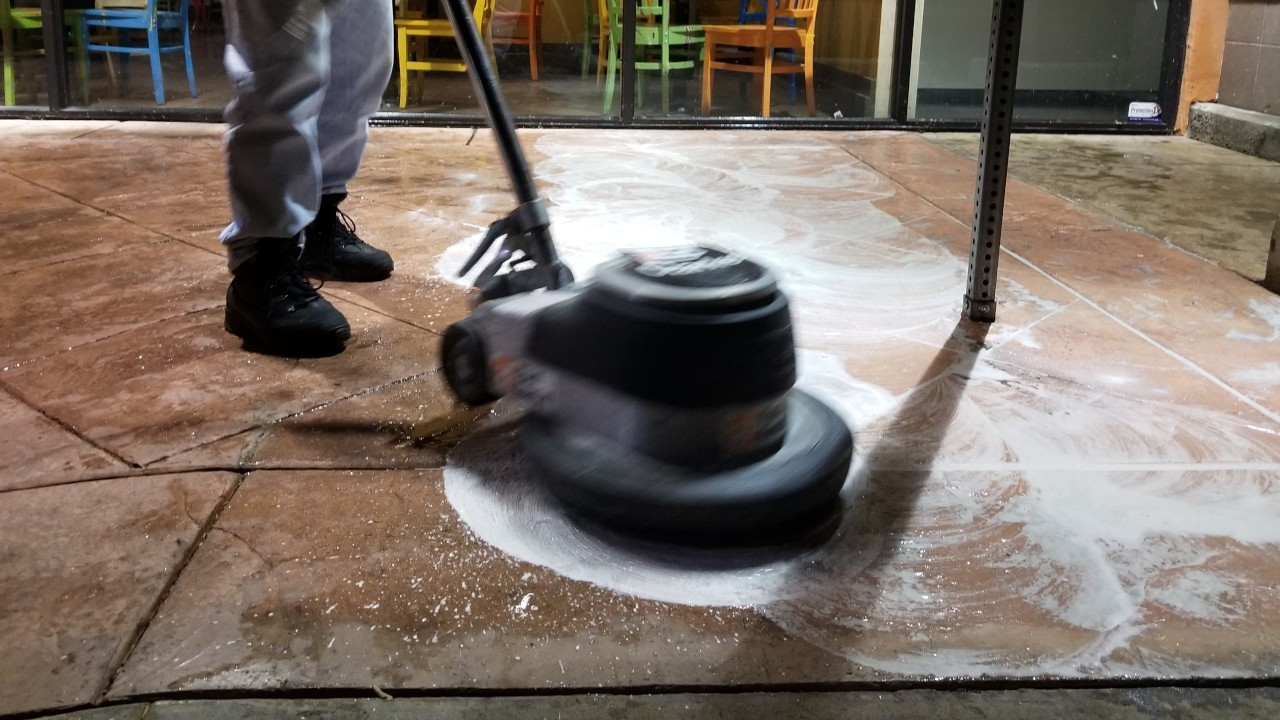 pressure-washing-cafe-rio-storefront-and-siding--cleaning-10
