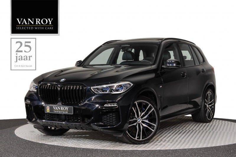 "BMW X5 M40i xDrive 340pk Panoramadak VirtualCockpit ShadowLine Sportleder+Memory Head-Up Hifi Luchtvering ACC Laserlicht AmbientLight Keyless Sportuitlaat 22"" 360Camera ParkAssist Pdc afbeelding 1"