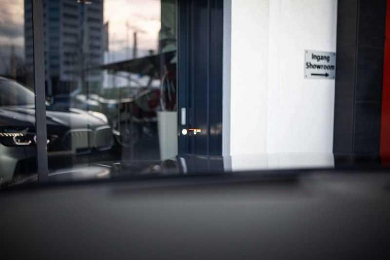 "BMW X6 xDrive40i High Executive *Pano / Laser / HUD / H&K / Leder Indiv. / 22"" / Topview* afbeelding 6"