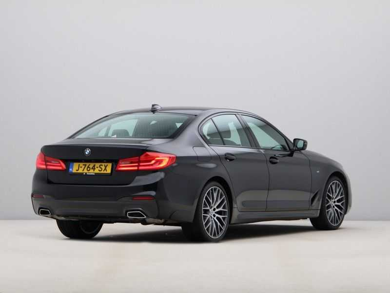 BMW 5 Serie 520i High Exe Aut. M-Sport afbeelding 8