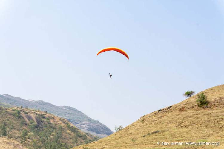 The gentle rolling hills in Kamshet offer a good opportunity for beginner flying enthusiasts like me.