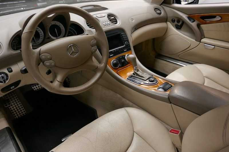 Mercedes-Benz SL-Klasse 600 - 65 ///AMG Black edition afbeelding 9