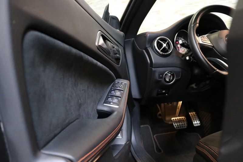 Mercedes-Benz CLA-Klasse Shooting Brake 200 OrangeArt Edition | VERKOCHT! | | Panoramadak | Memory stoelen | AMG Pakket | Night Pakket | Achteruitrijcamera | afbeelding 8