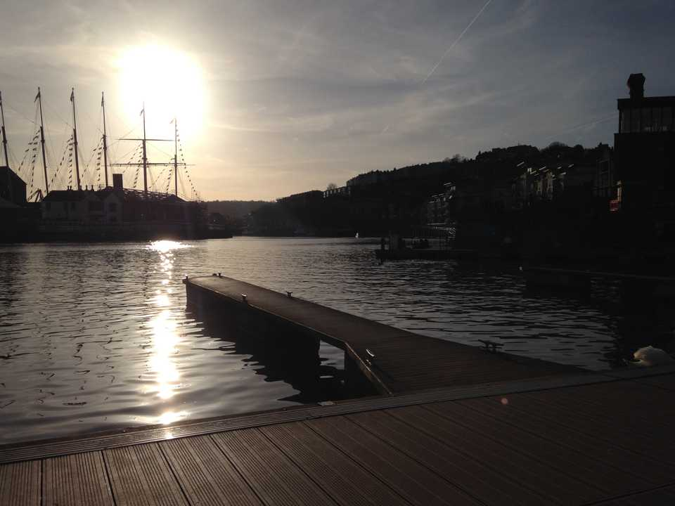 featured image thumbnail for post Bristol harbour morning paddle boarding
