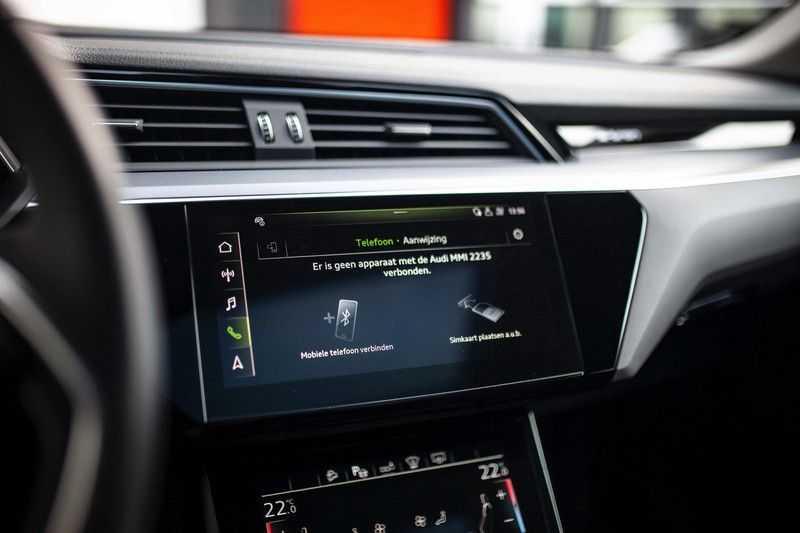 "Audi e-tron Sportback 50 Quattro S Edition *Pano / HUD / 21"" / Stad Pakket / DAB* afbeelding 15"