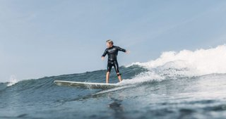 What Exactly Is Drop Surfing in Ecommerce?