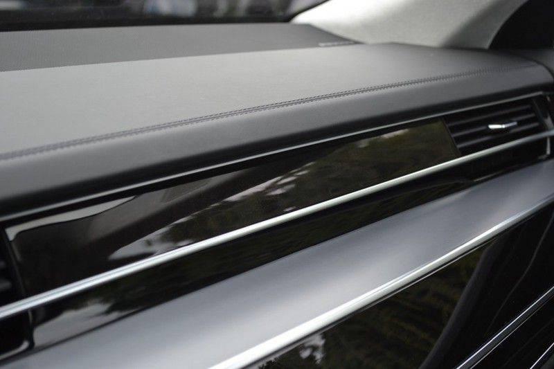 Audi A8 55 TFSI Massage / Head Up / Nachtzicht afbeelding 21