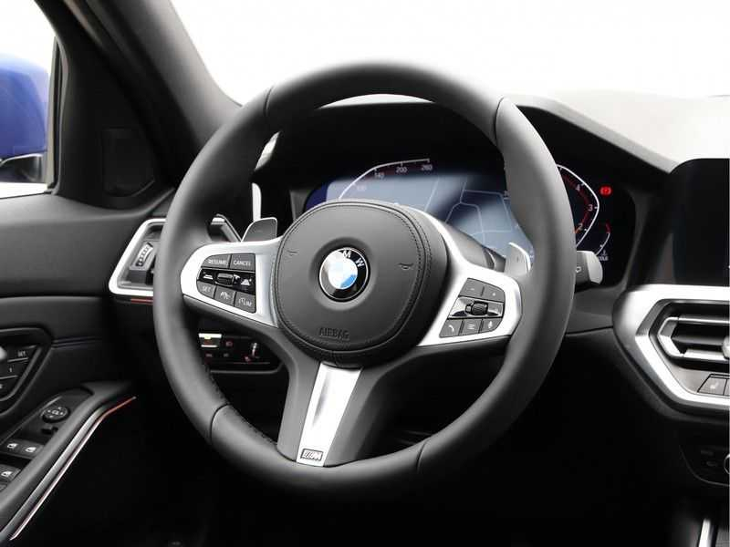 BMW 3 Serie Touring 320i High Executive M Sport 18inch afbeelding 9