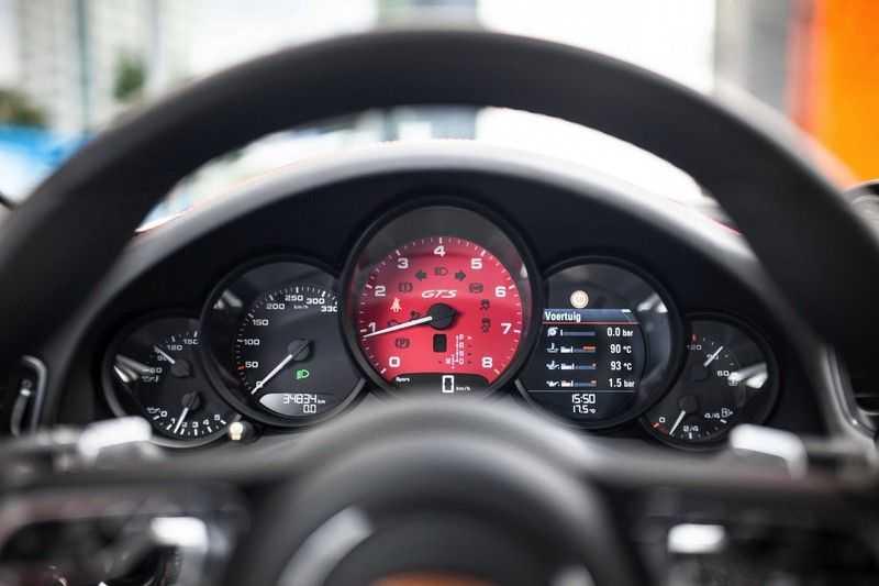 Porsche 911 Cabrio 991.2 3.0 Carrera 4 GTS *BOSE / Liftsysteem / Sport Chrono / DAB / PASM* afbeelding 3