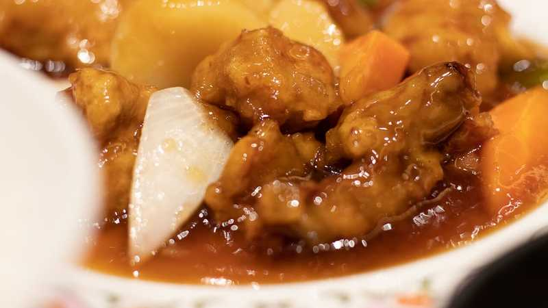酢豚にパイナップル