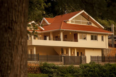 Bournville - Modern Bungalow in Coonoor for sale, Nilgiris image