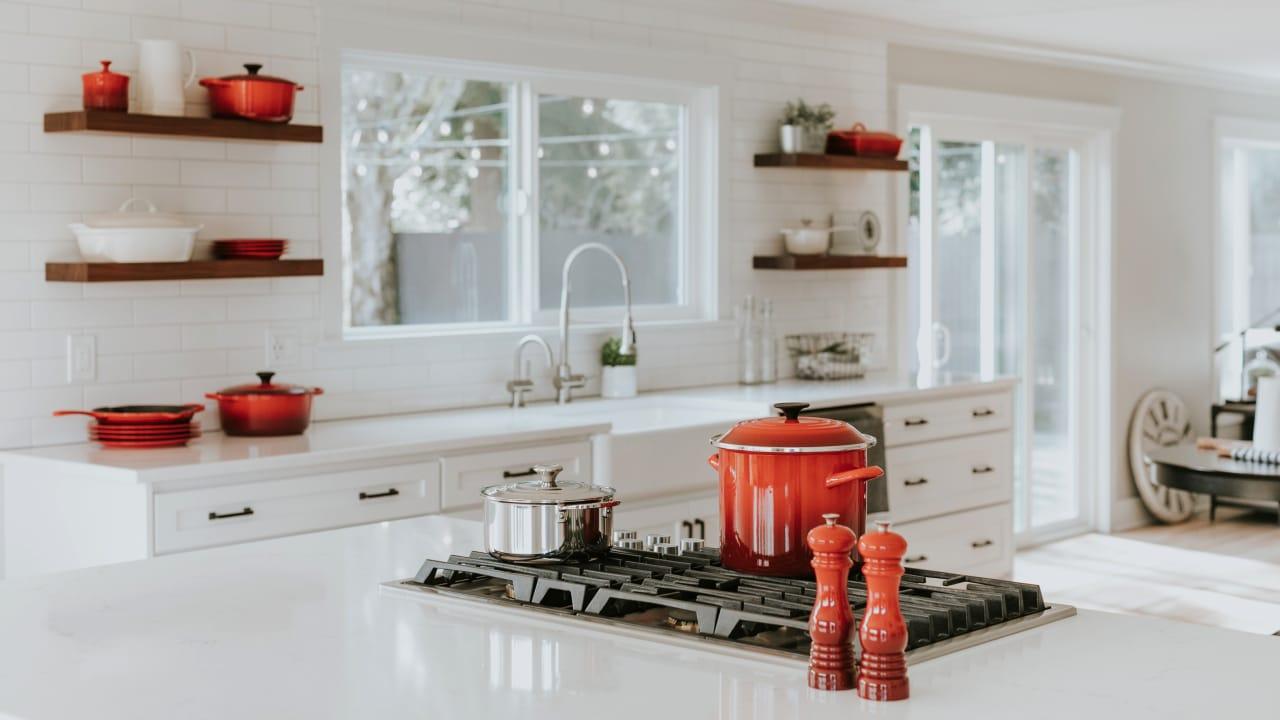 Hello World: The remark Kitchen Sink- Featured Shot