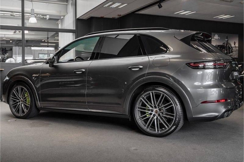 Porsche Cayenne E-Hybrid Sport Design Pakket 22 Turbo Softclose Pano Luchtvering 3.0 E-Hybrid afbeelding 7